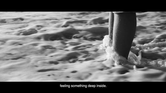 Rompiendo Olas (Breaking Waves)